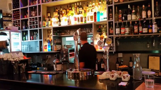 Bistro 60: View of the bar
