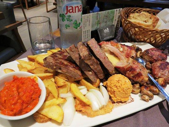 Batak Grill Cvjetni Zagreb Restaurant Reviews Photos Phone Number Tripadvisor