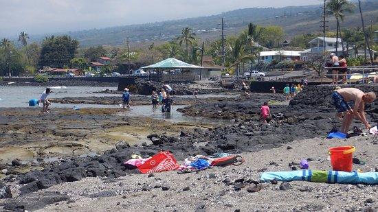 Keauhou, HI: Water entry to Kahalu'u snorkeling