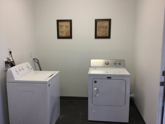 Wapiti, WY: laundry room for a small charge