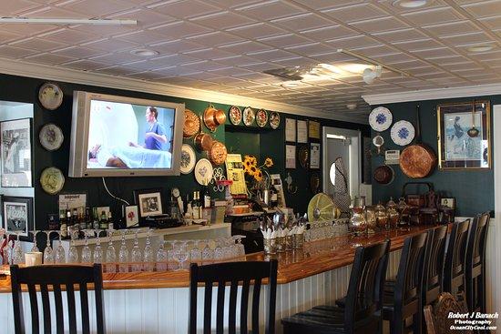 Lizzie's Cafe & Bistro 142nd St : Bar at Lizzie's Cafe & Bistro...  #oceancitycool