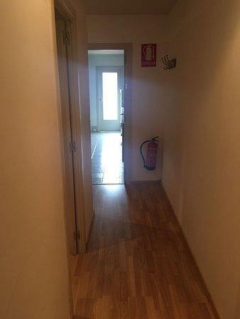 MH Apartments Ramblas: IMG-20170730-WA0008_large.jpg