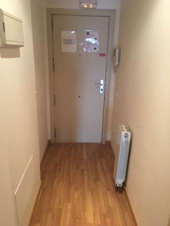 MH Apartments Ramblas: IMG-20170730-WA0006_large.jpg