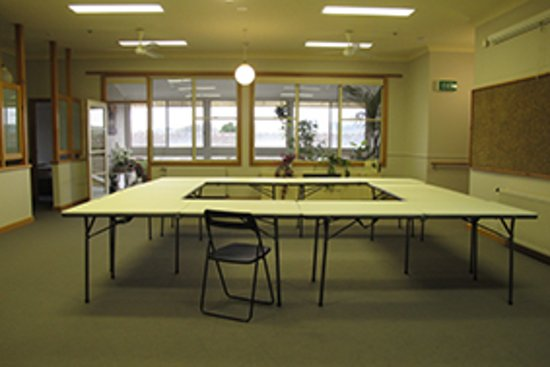 Loch, Australia: Function room has seating for up to 20 and includes projector and white board .