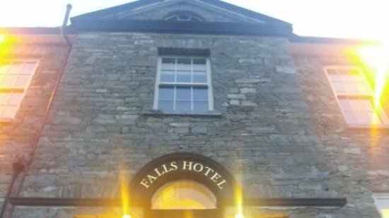 Falls Hotel & Spa: picture of the front of the hotel building