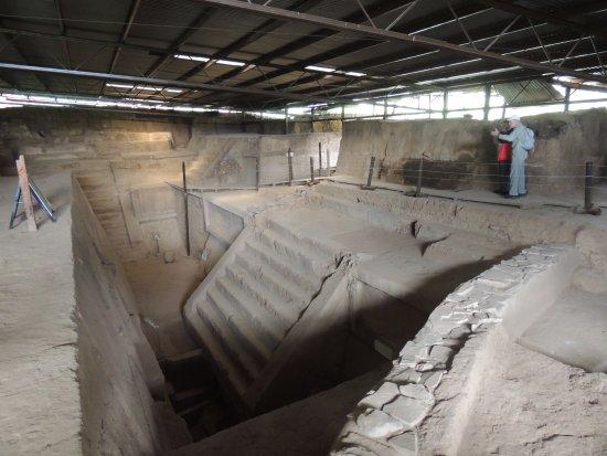 Kaminaljuyu: Kaminal Juyú archaeological site in Guatemala City