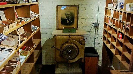 The Cigar Vault