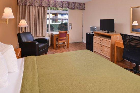 Collinsville, VA: Guestroom