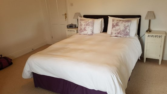Whitwell, UK: very comfortable bed