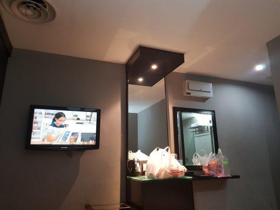 11 آت سنتشري هوتل جوهور باهرو: 20170729_221632_large.jpg