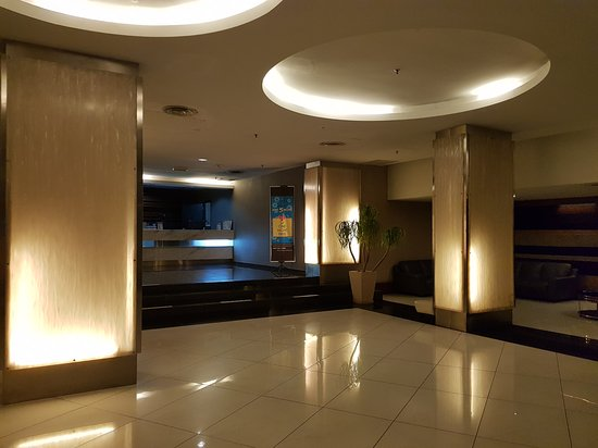 11 آت سنتشري هوتل جوهور باهرو: 20170729_221316_large.jpg