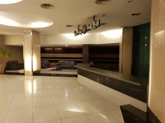 11 آت سنتشري هوتل جوهور باهرو: 20170729_221311_large.jpg