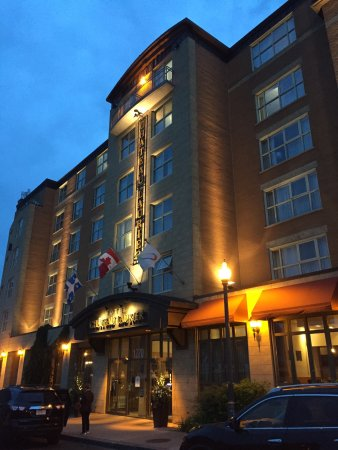 Hotel Chateau Laurier : photo1.jpg