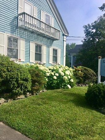 Blue Harbor House Inn: photo2.jpg