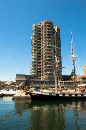 Don's Fish & Chip Shop: Tallship Tower, with tall ship in front (Blockhouse Island)