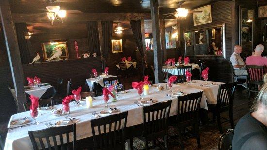 Tavern on the Rail: Restaurant Interior