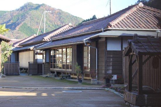 Former Residence Site of Takashi Shimura