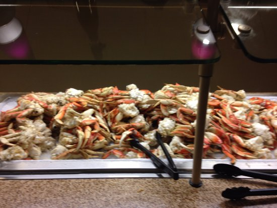 Fresh Dungness Crab Buffett All You Can Eat Picture Of Seven Feathers Rv Resort Canyonville Tripadvisor