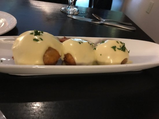 Pittsfield, MA: Mushroom Beignets to die for!