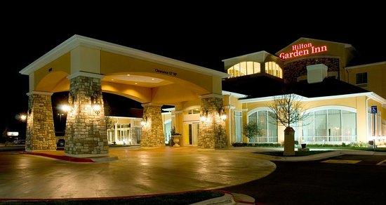 Hilton Garden Inn Amarillo: Hotel Exterior