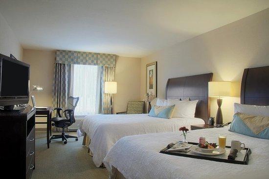 Hilton Garden Inn Ames: Double Queen Evolution Rm