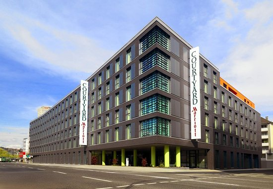 Courtyard by Marriott Cologne: Exterior