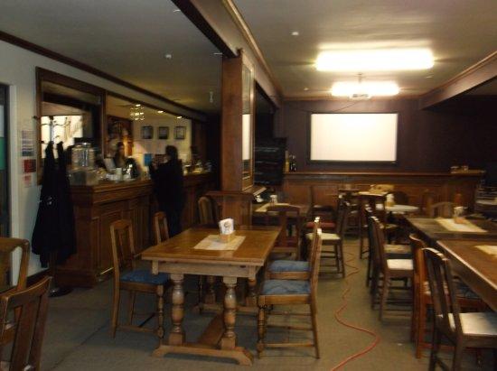 Mangakino, نيوزيلندا: Mucky's Bar / restaurant
