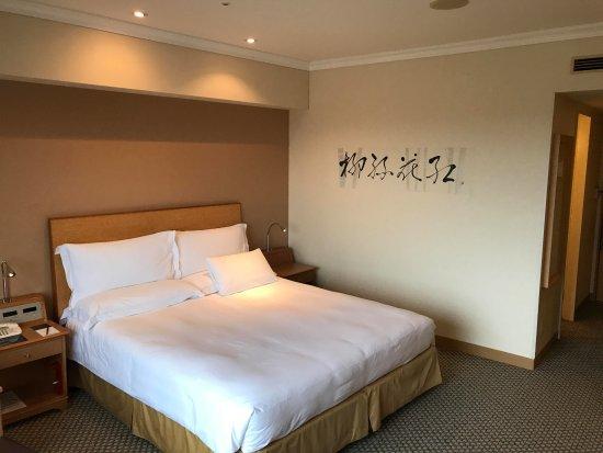 Hilton Tokyo Narita Airport Hotel: 大きなベット