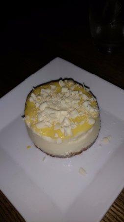Bar Acuda : White Chocolate Cheesecake with Mac Nut Crust