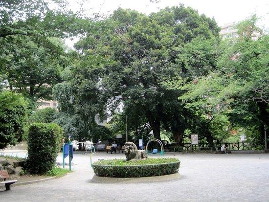 Togo Gensui Memorial Park