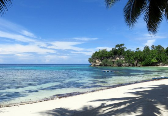 Ampana, Indonesia: Sandy Bay Resort is located on Malenge - Togean Islands Indonesia.