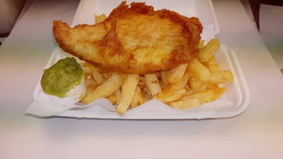 Tarvin, UK: Delicious crispy beer battered Fresh Cod, chips and peas. The proof is in the eating. Come and e