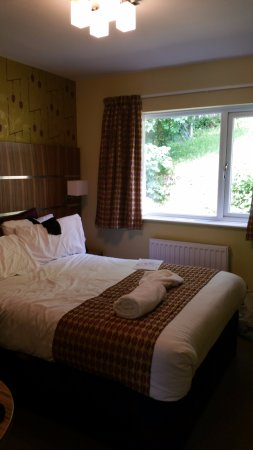 The Tower House Hotel: Room with standard size double bed
