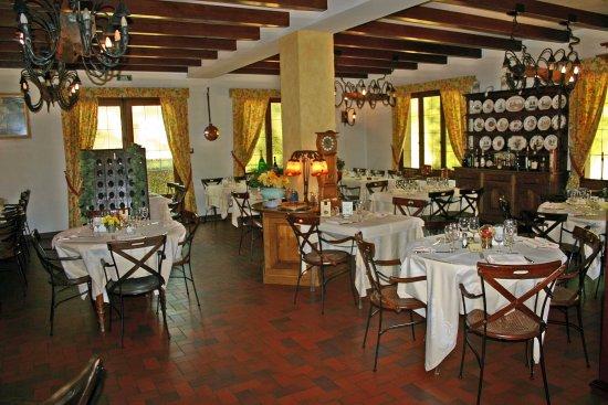 Restaurant la renaissance baccarat grinder poker online