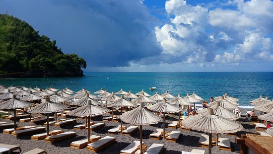 Last Minute Hotels in Petrovac