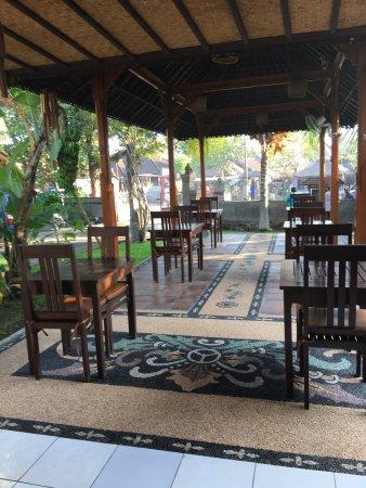 Suka Sari Cottages & Warung: photo2.jpg