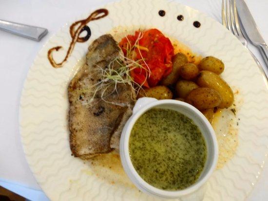 Restaurant Aux Bles d'Or: Sandre à l'aneth