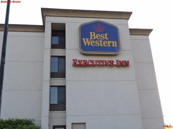Best Western Executive Inn: Esterno