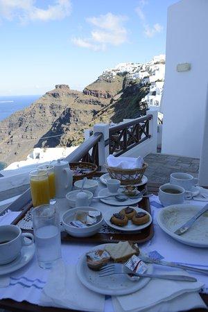 Smaro Studios: Breakfast on our balcony