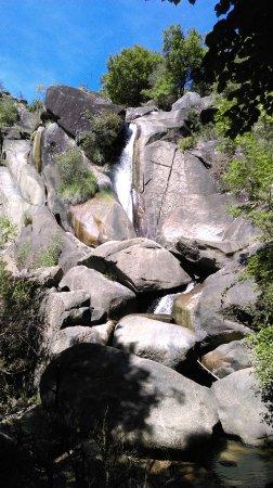 Lacrouzette, Francia: cascade saut de la truite
