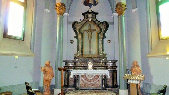 Prato Sesia, Italy: Cappella del Crocefisso