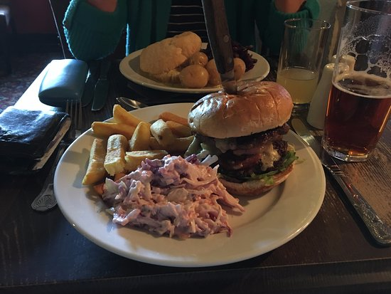 Thornham Magna, UK: Burger with bacon & Brie