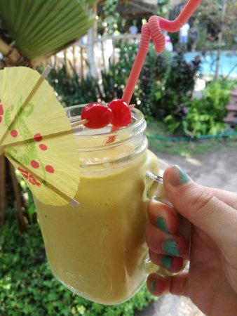 Bacong, Filippinerna: Mixed fruit smoothie