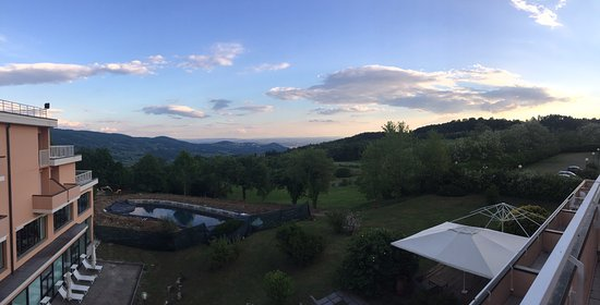 Pratolino, Italy: The only good thing about the hotel. The view.