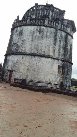 Sinquerim, India: lighthouse