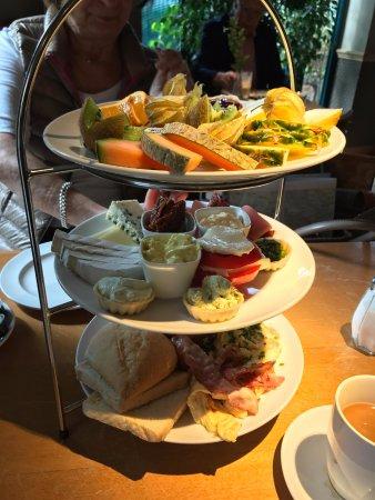 Cafe Likorfabrik: Alles was das Herz - respektive der Magen - begehrt !