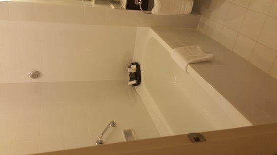 Raffles Hotel Le Royal: Room 146
