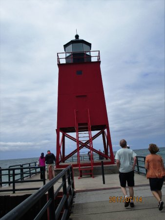 Charlevoix, MI: the light