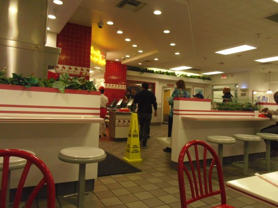 In-N-Out Burger: In side