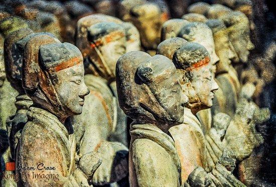 Tomb of Emperor Jingdi (Hanyangling): Han Yanling image taken in 2009. © Adam Crase - Kung Fu Imaging